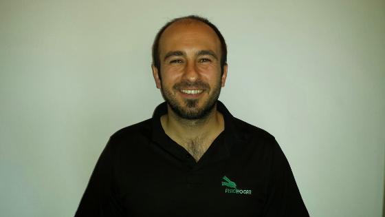 Oier es uno de los fisioterapeutas que le atenderá en toda la zona de Vizcaya.
