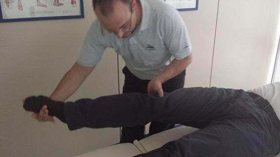 Rehabilitación tras colocar prótesis de rodilla